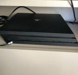 PS4 Pro 1 TERA - 2 controles + Jogos