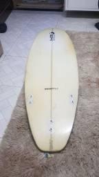 Pranchas de surf em ótimo estado