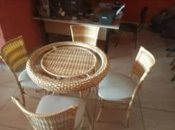 Mesa Redonda de Vidro Fibra-Area Gourmet-Apartamento-Varanda-Jardim-Piscina-Sacada-Casa