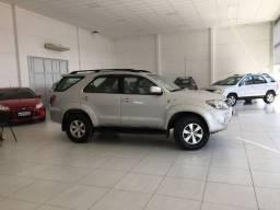Toyota Hilux SW4 SRV 3.0 Diesel aut