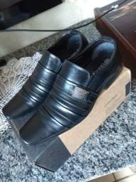 Sapato semi novo usado apenas 1 vez