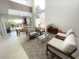 Título do anúncio: Casa à venda no Spina Ville II com 4 quartos, 2 suítes, sala de estar ampla, e vagas de ga