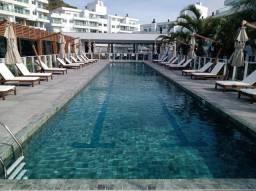 Título do anúncio: Apartamento para Venda em Florianópolis, Jurerê, 2 dormitórios, 1 suíte, 3 banheiros, 1 va