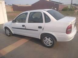 Vendo Corsa sedan quitado 2004 com ar condicionado e vidro elétrico
