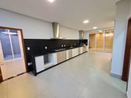 Residência maravilhosa com 03 suítes para venda, por R$ 1.290.000,00, localizado na Rua An