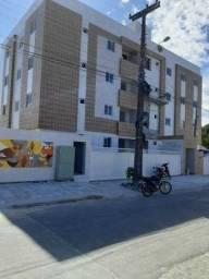 Apartamento no Cristo, 3 Quartos, Varanda por 170Mil!