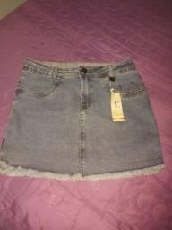 Título do anúncio: Saias Jeans com Laycra 44 e 46