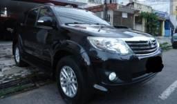 Toyota Hilux SW4 - 3.0 Diesel 7 Lugares