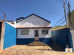 Casa (térrea na rua) 2 dormitórios
