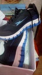 Sapato infantil tamanho 34
