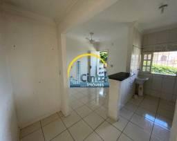 Título do anúncio: Alugo casa em itapuã, condomínio fechado, 2/4,  R$ 1.100,00 incluso IPTU!!!