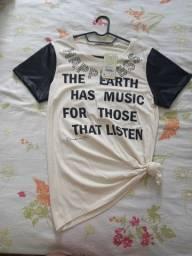 Duas blusas novas blusas tamanho M