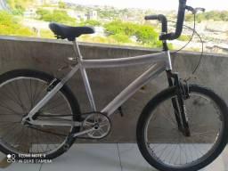 Título do anúncio: Bike aro 26 alumínio.