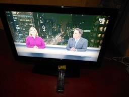 """Tv Buster de 32"""" com conversor digital"""