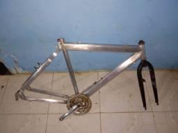 Quadro de alumínio 250