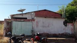 Casa próximo da rodoviária e atacadão em várzea grande