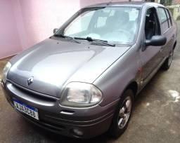 Renault Clio Sedam 2001 1.6 16V 95.000km