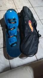 Vendo skate para crianças com a bolsa de guarda e com equipamentos