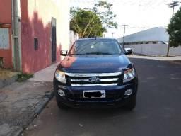 Ford Ranger XLT 3.2 *D1ESEL* 4X4 Automatica Cab. Dupla 13/14 (Aceito Troca) - 2013