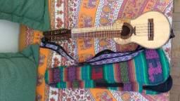 Charango Peruano + Correia + Case + jogo extra de cordas