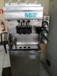 Maquina de sorvete seminova