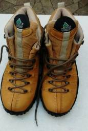 Bota Caminhada Mc Boot 37 Semi Nova