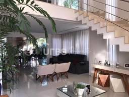 Sobrado 3 suítes, com 363,52 m², no Jardins Lisboa, Goiânia/GO