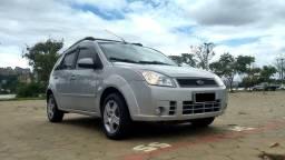 Ford Fiesta Flex 1.0 Prata 2010/2010 - Carro para Família