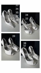 Sapatos de noiva novos
