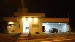 Casa Térrea 3Q Cond. do Lago