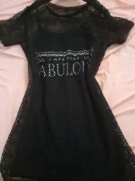 Vestido preto com telinha