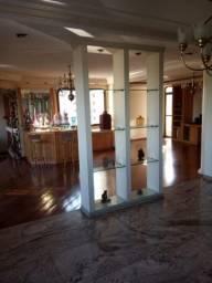 Apartamento em Vila Regente Feijó, com 5 quartos, sendo 4 suítes e área útil de 270 m²