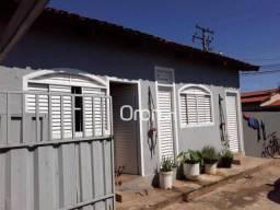 Casa à venda por R$ 300.000,00 - São Francisco - Goiânia/GO