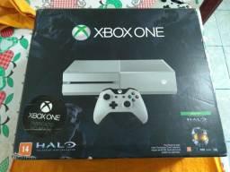 Xbox one fat branco com 2 jogos mídia física