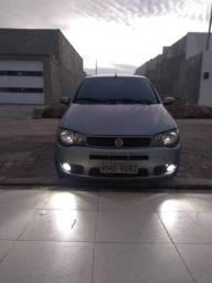 Vendo Fiat Palio prata, ano 2004, modelo 1.3 8v ELX, top da categoria, impecável! - 2004