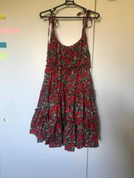 Vendo vestido vermelho floral novo, tamanho M