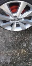 Troco roda 17 VW com pneus novos