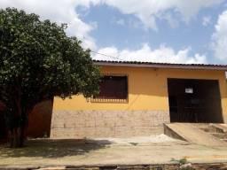 Vende-se uma casa em Capanema