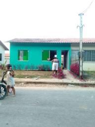 Troca-se uma casa no conjunto Poranga 2 com uma na cidade