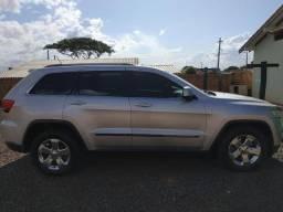 Jeep Grand Cherokee Laredo 3.6 2011 abaixo da Fipe