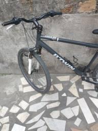 Título do anúncio: Vendo bicicleta em bom estado boa pra trabalhar