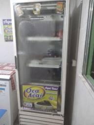 Freezer expositor grande funcionando perfeitamente