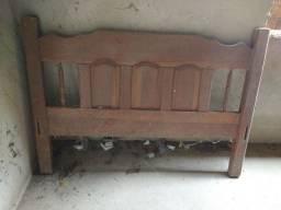 Vendo cabeceira de cama de madeira