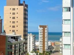 Apartamento com 03 suítes na Praia Grande