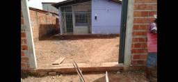 Vendo casa de três quartos no TORQUATO NETO 3