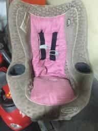 QUEIMA GERAL 70 reais Vendo 02 bebê conforto