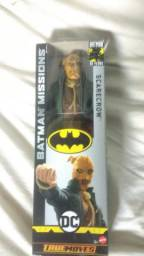 Boneco espantalho DC Mattel 30cm
