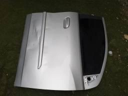 Vende-se 2 portas lado direito e o tampão traseiro da spin