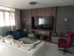 Casa em Condominio fechado no Bairro Luciano Cavalcante 03 Suítes 168 m2