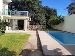 Casa para comprar no bairro Arquipélago - Porto Alegre com 3 quartos